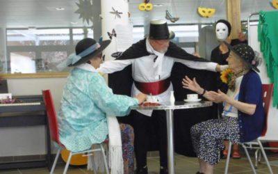 Spectacle Cabaret à l'EHPAD Le Thomassin